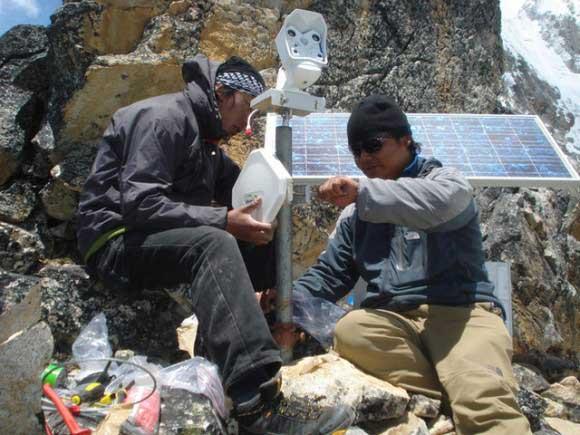 Фото веб-камеры на Эвересте